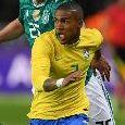 Mondiali 2018 - Brasile, s'infortuna Douglas Costa. Competizione finita?