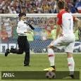 Russia 2018, arrestati tre tifosi per l'invasione di campo durante la finale