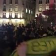 'Pray for Emiliano Sala', video da brividi in piazza a Nantes: cori e preghiere per l'attaccante! [VIDEO]