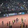 Zurigo-Napoli, gli azzurri sotto il settore ospiti dopo la vittoria: Koulibaly balla, Milik regala la maglia [VIDEO CN24]