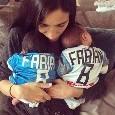 I nipotini di Ancelotti appena nati indossano la maglia del Napoli di Fabian Ruiz [FOTO]