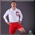 Milik in ritiro con la Polonia, l'attaccante azzurro posa con una maglia vintage della sua nazionale [FOTO]