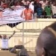 """""""Koulibaly, vieni allo United!"""" Striscione dei tifosi del Senegal per l'azzurro, Manè del Liverpool ironizza [VIDEO]"""