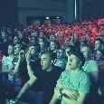 Amsterdam, maxi-schermo in discoteca: la reazione live alla vittoria dell'Ajax [VIDEO]