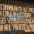 """""""Ti sei venduto la dignità a chi ha il palazzo di proprietà!"""": striscione contro Sarri esposto in pieno centro a Napoli [FOTO]"""