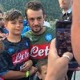 Dimaro 2019, Younes invaso dai tifosi: selfie e sorrisi al firma-autografi! [VIDEO CN24]
