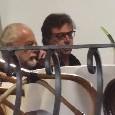 De Laurentiis e Giuntoli beccati a Capri: colloquio ai tavolini di un bar [FOTO]