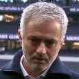Coronavirus Inghilterra, scoppia la polemica: Mourinho ha diretto mini-allenamento del Tottenham senza distanziamento sociale