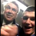 """""""Carlo fantastico, Carlo magnifico"""". Ancelotti osannato dai tifosi dell'Everton perfino in aeroporto [VIDEO]"""