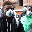 Allarme Coronavirus, il Ludogorets atterra a Milano indossando mascherine protettive [VIDEO]
