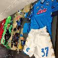Napoli, fa l'esordio la divisa versione Europa League in oro degli azzurri! Ecco la maglia dell'AZ Alkmaar [FOTO]