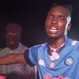 Osimhen star in Nigeria: il rapper Fred Mason gli dedica una canzone! [VIDEO]