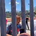 """""""Mister con questa maglia sei il numero uno, portaci lo scudetto!"""". Spalletti firma autografi ai tifosi a Castel di Sangro [VIDEO CN24]"""