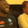 Koulibaly festeggia con amici dopo Napoli-Juve: parte la festa [VIDEO]