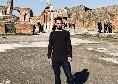 """Younes visita gli scavi di Pompei: """"Meravigliosa, un viaggio attraverso la storia italiana"""" [FOTO]"""