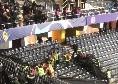 Tifoso juventino festeggia il gol annullato e cade dalla tribuna dello stadio dello Young Boys [VIDEO]