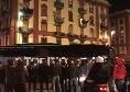 Verso Napoli-Torino, il pullman dei granata arriva al San Paolo: timidi applausi dai tifosi presenti [VIDEO CN24]