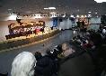Dalla sala stampa strapiena allo sguardo attento sui giornalisti: Meret e Ancelotti presentano Napoli-Zurigo [FOTOGALLERY CN24]