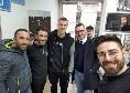 Chiriches si dedica ai tifosi: visita al Club Napoli Quarto [FOTO]