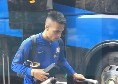 Napoli - Inter, nerazzurri arrivati in albergo: insulti per la banda di Spalletti, Icardi e Martinez i più acclamati [FOTO & VIDEO CN24]