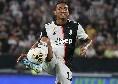 Juventus, il comunicato ufficiale sugli infortuni di Douglas Costa e Pjanic: almeno un mese di stop per il brasiliano