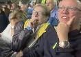 Nino D'Angelo e Gigi D'Alessio in tribuna al San Paolo: esplodono di gioia al rigore di Mertens! [VIDEO]