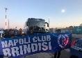 Il club Napoli Brindisi accoglie la squadra tra cori, striscioni e bandiere [FOTO e VIDEO]