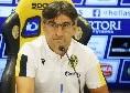 """Hellas Verona, Juric: """"Al San Paolo tutto è possibile. Tra Juve e Napoli non c'è differenza. Tifosi veronesi presenti? Penso ai tre punti. Su Tutino..."""""""