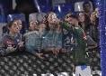 SSC Napoli, selfie di Insigne con le ragazze della squadra giovanile [FOTO CN24]