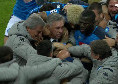Segna Insigne, abbraccio da brividi di tutta la squadra: può essere davvero la svolta dell'anno! [VIDEO]
