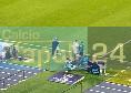 Callejon esce e Ancelotti lo applaude vistosamente e a lungo: poi scatta l'abbraccio caloroso tra i due [FOTO CN24]