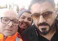 Gattuso atterra a Capodichino, selfie e sorrisi per l'ex tecnico del Milan [FOTO CN24]