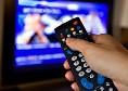 Abbonamenti pirata a pay tv, denunciati 223 clienti: inchiesta della Guardia di finanza, rischiano 8 anni
