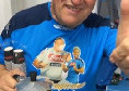 """""""Auguri Tommy"""", Koulibaly omaggia Starace negli spogliatoi mentre distribuisce il caffè [VIDEO]"""