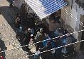 Emergenza coronavirus - Assembramenti in più zone di Napoli, file all'esterno di alcune pescherie [FOTO]