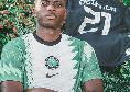 """Osimhen: """"Entusiasta di mostrarvi la mia nuova maglia della Nigeria"""" [FOTO]"""