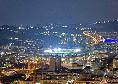 Sky - San Paolo, luci accese per tutta la notte per la morte di Maradona [FOTO]