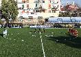 Anche il calcio femminile omaggia Maradona: un 10 con i palloni prima di Napoli-Juventus [FOTO]