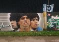 Scampia, l'omaggio da brividi a Maradona da parte dello Stella Rossa all'esterno dello stadio Antonio Landieri [FOTO CN24]