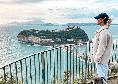 Kat Kerkhofs si gode Napoli: in giro per la città in compagnia del cagnolino [VIDEO]