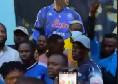 Dai sobborghi di Lagos al Napoli, Osimhen torna a casa: murales autografato e tanti tifosi in maglia azzurra [FOTO & VIDEO]