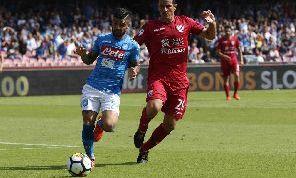 Cagliari, Padoin: Il Napoli di Ancelotti è meno prevedibile, ma più vulnerabile in difesa. Non vinceranno lo scudetto: la Juve a marzo sarà aritmeticamente campione