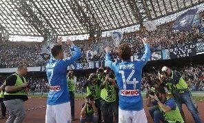 SSC Napoli, la radio ufficiale: Il club vuole trattenere Mertens e Callejon: proposto rinnovo alle cifre attuali!