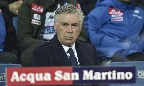 Il gol di Milik ha scosso perfino Ancelotti in panchina: spuntano due gesti <i>inediti</i>, il retroscena