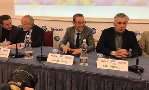 De Laurentiis sempre più <i>pazzo</i> di Ancelotti: 4 motivi lo rendono orgoglioso della scelta, il retroscena
