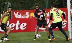 Napoli-Atalanta, i convocati di Ancelotti: out Maksimovic! Ancora fuori Albiol ed Ounas
