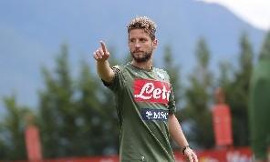 Mertens: La Juve è sempre la più forte, visto quanti giocatori ha comprato? Ci serve un'altra punta! Rinnovo? Mi sento ancora giovane! Vorrò sempre bene a Sarri, ma...