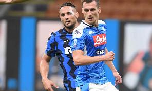 Sky - Milik resta l'obiettivo numero uno della Juventus, ma il suo arrivo è legato alla partenza di Bernardeschi: le ultime