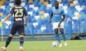 Koulibaly resterà a Napoli, Il Mattino: nessuno si è avvicinato alle richieste di ADL. Pronti a partire altri 4 calciatori