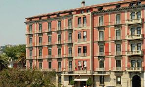 SSC Napoli, la radio ufficiale - Confermata la presenza dell'AZ all'Hotel Britannique di Napoli per il ritiro